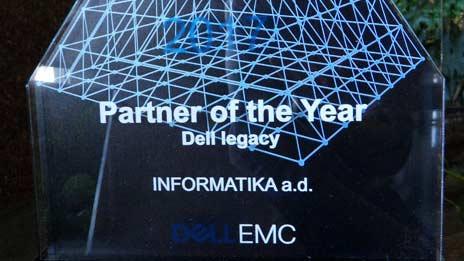 """Od kompanije Dell EMC Informatika dobila priznanje """"Partner of the Year"""""""